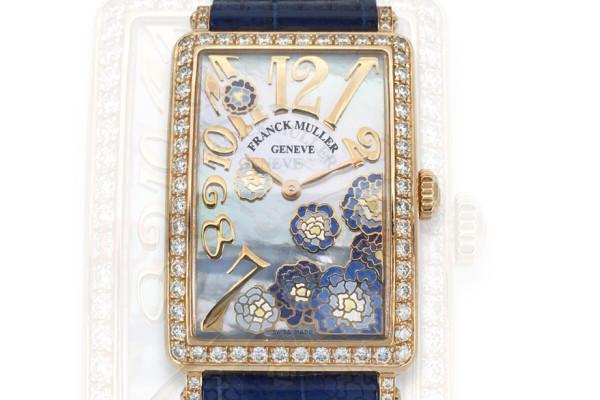 法穆兰维修中心教你处理法穆兰腕表的划痕问题