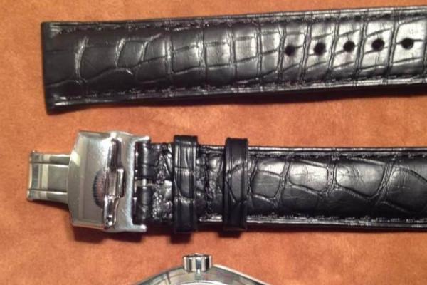 法穆兰腕表的表带展示